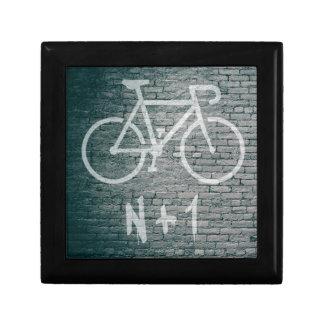 Caja De Regalo N+1 pintada de la bici