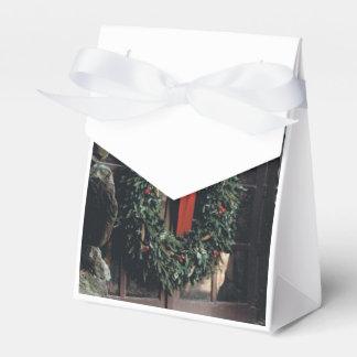 Caja del favor con diseño de la guirnalda del