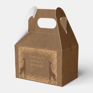 Caja del favor de fiesta de la jirafa del tema del cajas para regalos