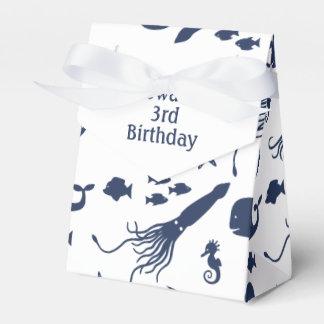 Caja del favor del cumpleaños del océano con el