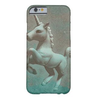 Caja del teléfono del unicornio (acero del trullo) funda barely there iPhone 6