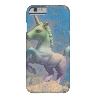 Caja del teléfono del unicornio (azul de Sandy) Funda Barely There iPhone 6