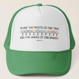 Caja fuerte conmigo gorra del camionero del árbol
