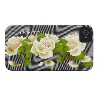 Caja intrépida de Blackberry de los rosas blancos  Case-Mate iPhone 4 Carcasa