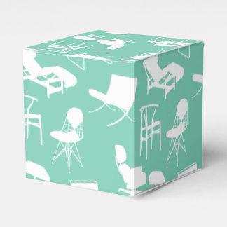 Caja moderna de las sillas de los mediados de
