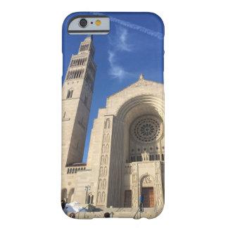 Caja nacional del teléfono de la basílica funda barely there iPhone 6