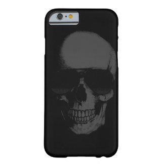 Caja negra del iPhone del cráneo Funda Barely There iPhone 6