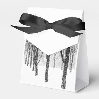 Caja Para Regalos como echo a un lado con los árboles