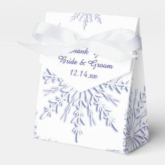 Caja Para Regalos Copos de nieve azules en el boda blanco del