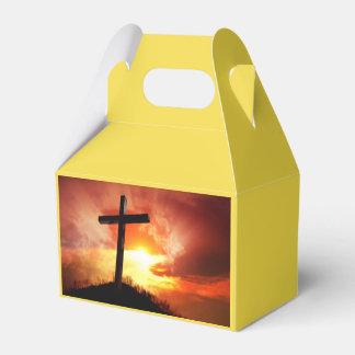Caja Para Regalos Cruz religiosa de Pascua en la puesta del sol