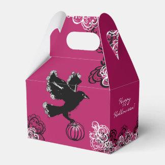 Caja Para Regalos ilustracion de Halloween de un cuervo y de una