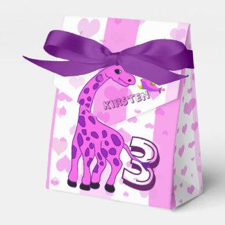 Caja Para Regalos Ilustracion de la jirafa en color rosado