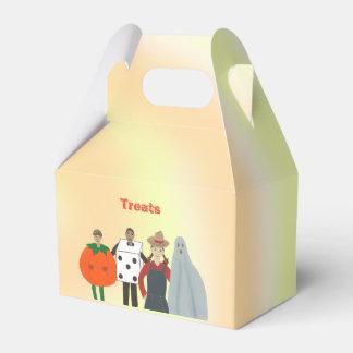 Caja Para Regalos Los niños que llevan los trajes Halloween tratan