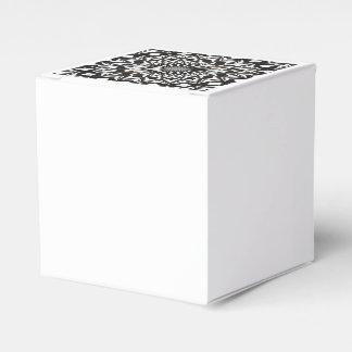 Caja Para Regalos Mandala decorativa blanco y negro