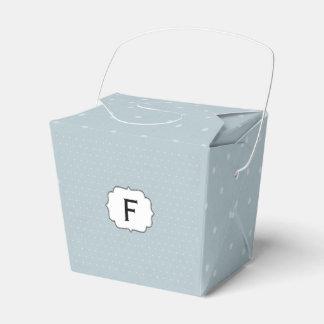Caja Para Regalos Monograma enmarcado en azul claro con los lunares