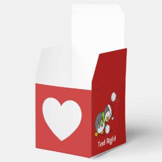 Caja Para Regalos Pingüino del navidad que consigue una bola de la