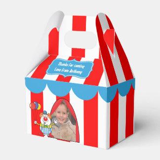 Caja Para Regalos Un día en el fiesta de los niños del circo