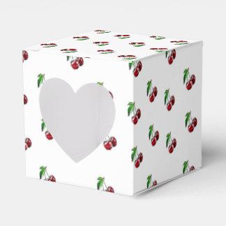 Caja retra del corazón del caramelo de las cerezas