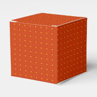 Caja roja del favor de Patterned> del oro