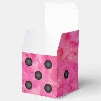 Caja rosada del favor de fiesta de los dados de