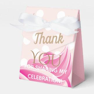 Caja rosada del favor de fiesta del cono de helado