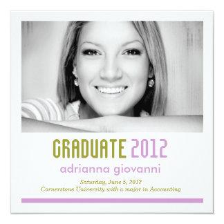 Cal 311 y invitación púrpura de la graduación