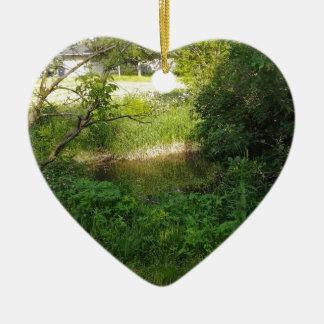 Cala del parque adorno navideño de cerámica en forma de corazón