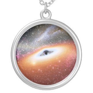 Calabozo en el centro de una galaxia colgante redondo