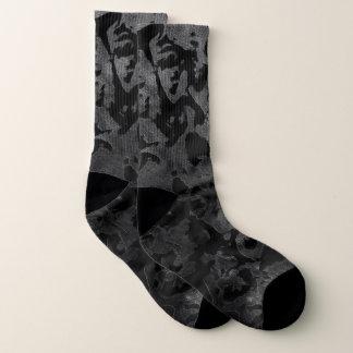 Calcetines Camuflaje gris negro y oscuro de Camo moderno -