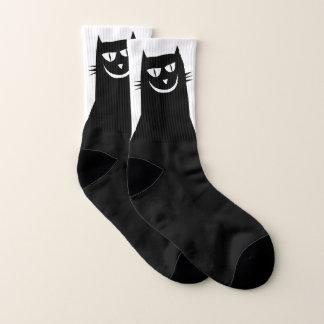 Calcetines malvados del gato negro