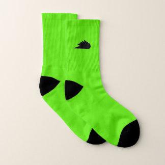 calcetines que andan en monopatín de la rutina