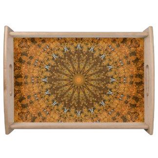 Caleidoscopio de la mandala del naranja, del oro y bandeja