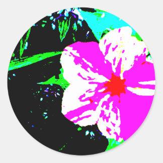 Caleidoscopio rosado y blanco 4 en punto pegatina redonda
