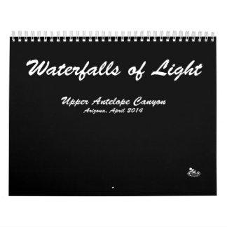 Calendario, cascadas de la luz, fotos del paisaje, calendarios