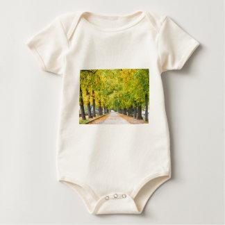 Calzada por completo de árboles body para bebé