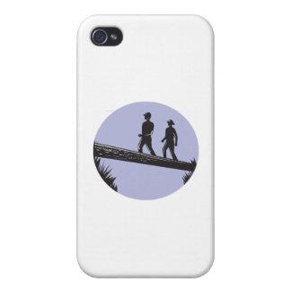Caminantes que cruzan el solo grabar en madera del iPhone 4/4S carcasa