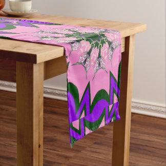 Camino De Mesa Corto Colores púrpuras del adorno de la sombra de los