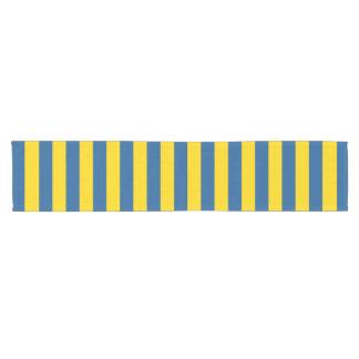 Camino De Mesa Corto La bandera de Suecia Ucrania raya las líneas yel