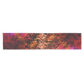 Camino De Mesa Corto Líneas abstractas rojo púrpura de los remolinos