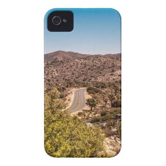 Camino solo del desierto de la yuca funda para iPhone 4