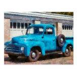 Camión - un camión viejo internacional tarjeta postal