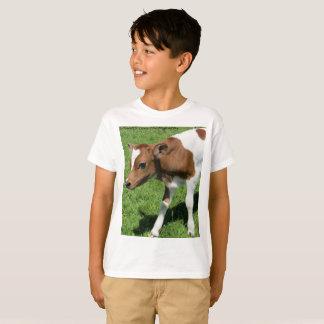 Camisa adorable del becerro