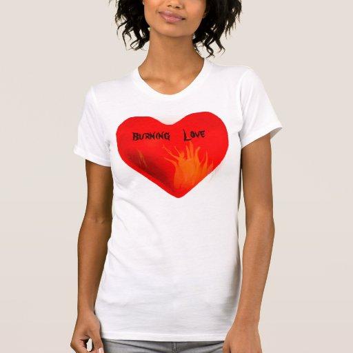 Camisa ardiendo de Love_