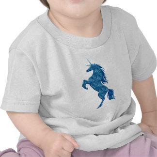 Camisa azul del unicornio del fuego