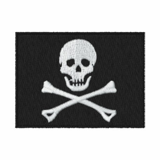 Camisa bordada de la bandera de pirata
