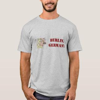 Camisa de Berlín, Alemania con el mapa retro