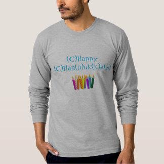 Camisa de Chanukah del deletreo con las velas
