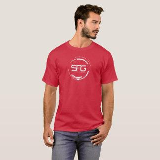 Camisa de color rojo oscuro de la generación de