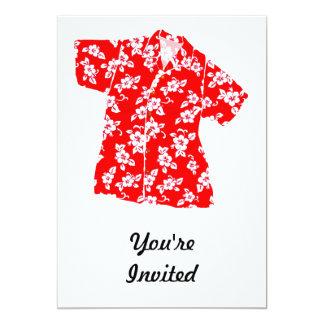 Camisa de hawaiana roja y blanca del hibisco invitación 12,7 x 17,8 cm