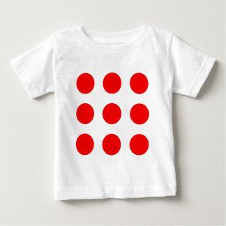 Camisa del bebé con los lunares rojos